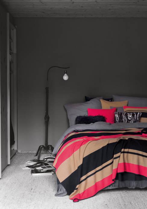 'zoeppritz since 1828'が手掛けた寝室