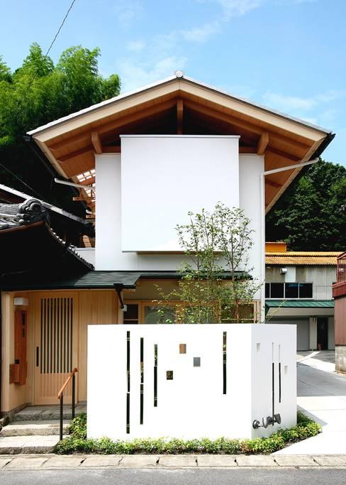 ファサード: アンドウ設計事務所が手掛けた家です。