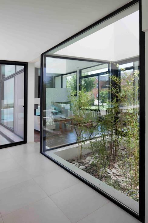 Garden by Remy Arquitectos