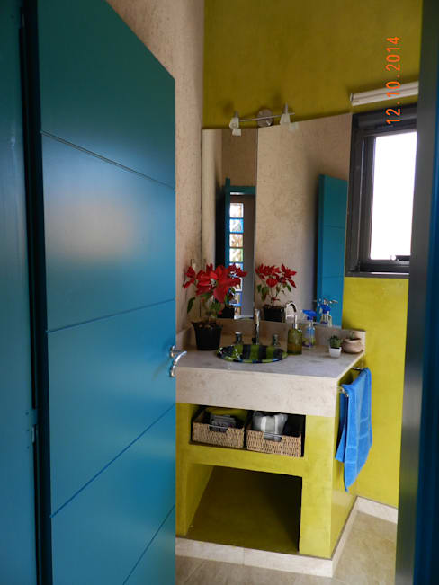 Bathroom by ART quitectura + diseño de Interiores. ARQ SCHIAVI VALERIA