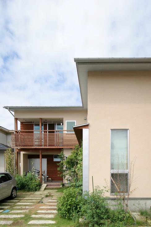 บ้านและที่อยู่อาศัย by 加藤淳一級建築士事務所