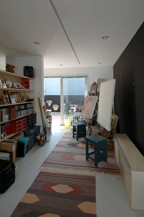 Studeerkamer/kantoor door スタジオ・ベルナ