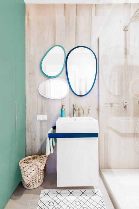 ห้องน้ำ by Ayuko Studio