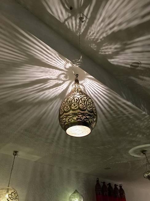 Oriental Moonが手掛けたリビングルーム