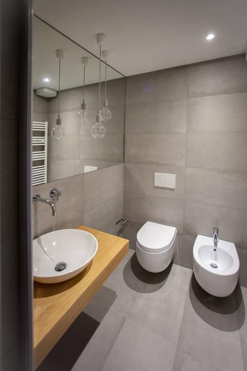 浴室 by OKS ARCHITETTI
