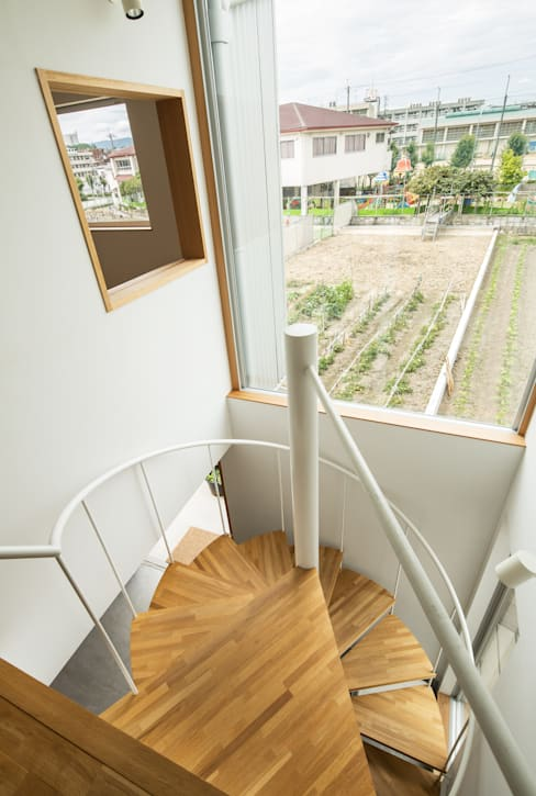 Corridor & hallway by 藤森大作建築設計事務所
