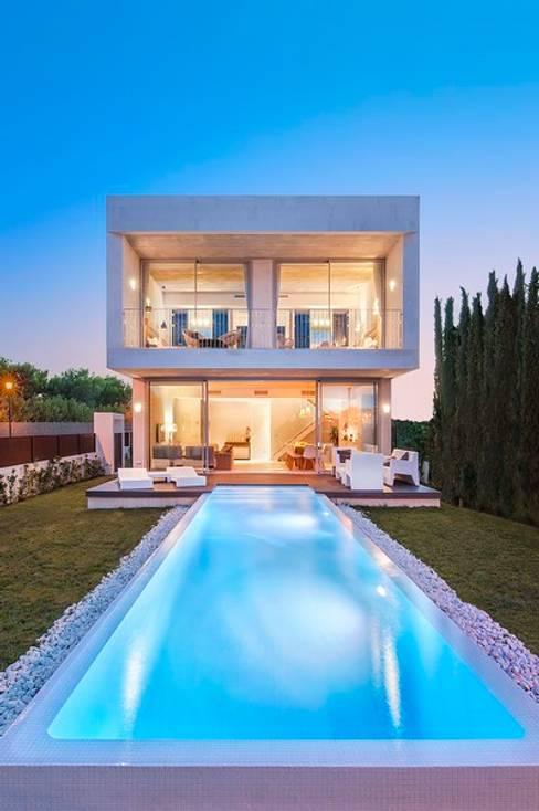 Casas de estilo  por MARÈS ARQUITECTURA