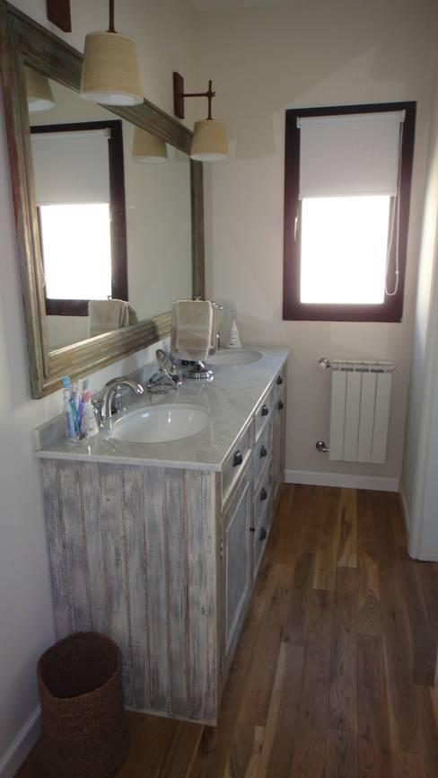 2424 ARQUITECTURAが手掛けた浴室
