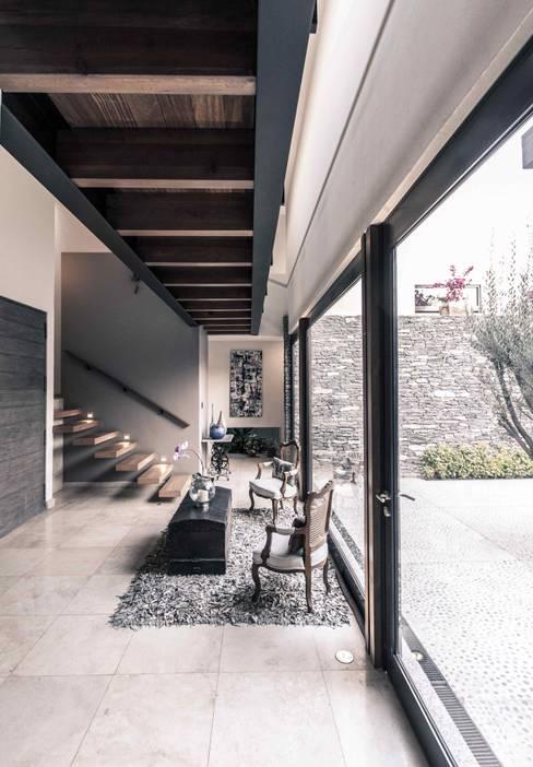 الممر والمدخل تنفيذ Loyola Arquitectos
