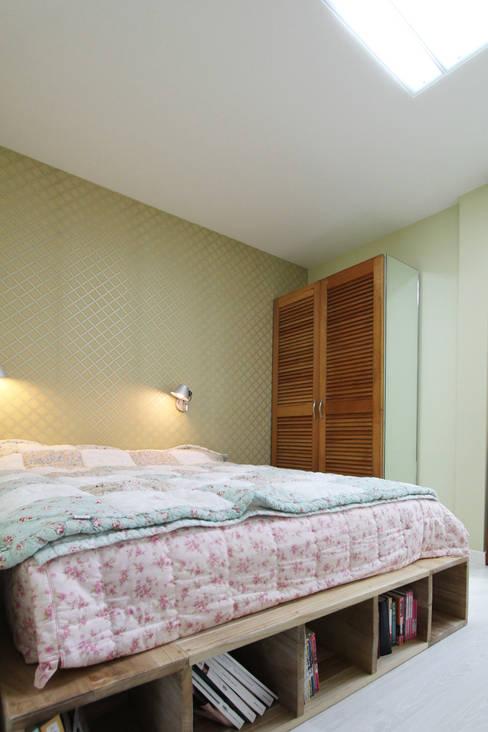 Bedroom by 핸디디자인