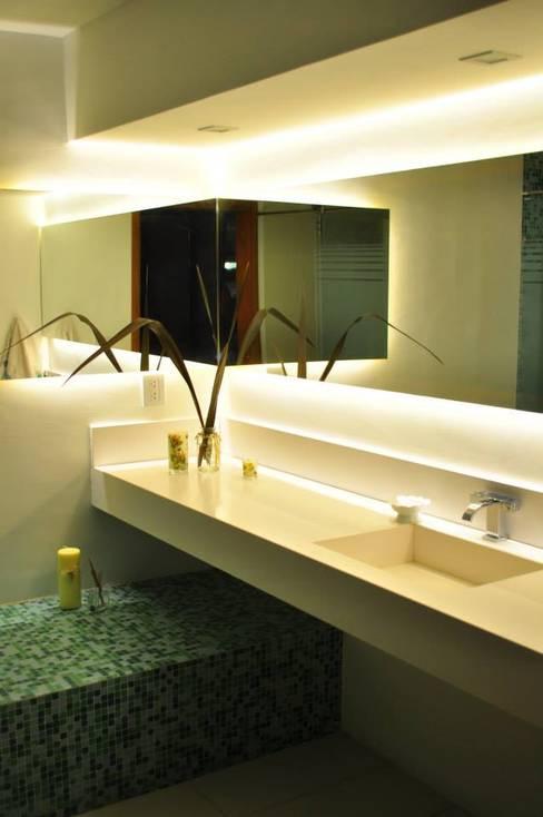 Baños de estilo  por LN-arquitectura