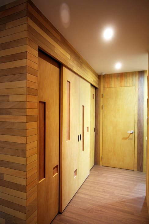 Corridor & hallway by 비온후풍경 ㅣ J2H Architects
