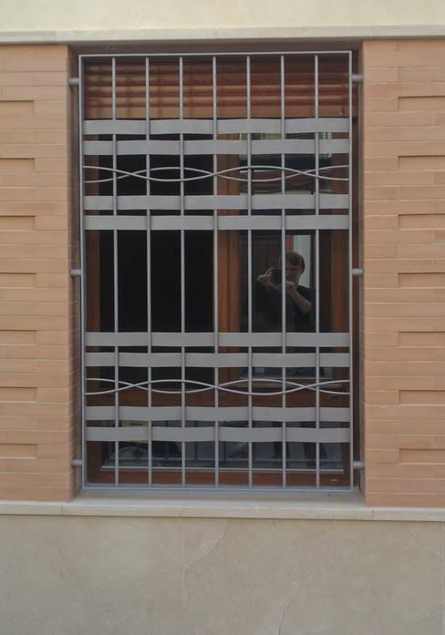 Windows by Alberto Millán Arquitecto