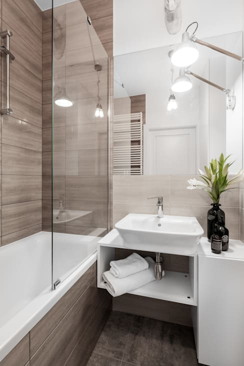 zaciszne wnętrze: styl , w kategorii Łazienka zaprojektowany przez Decoroom