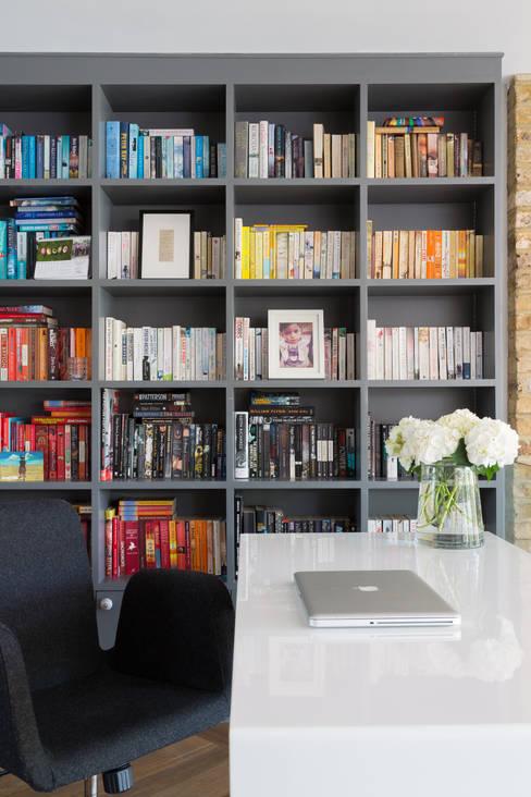 Escritórios  por Granit Architects