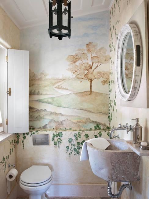 Baños de estilo  por SA&V - SAARANHA&VASCONCELOS