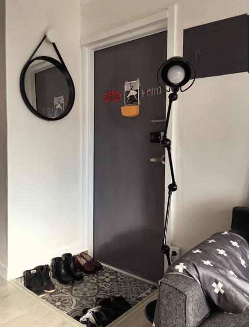 신혼집 20평대 self interior: toki의  복도 & 현관
