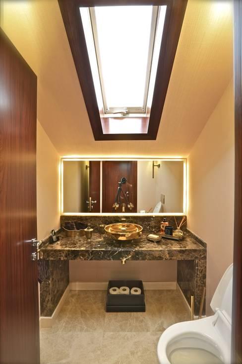 Kerim Çarmıklı İç Mimarlık – Mehmet Ulusoy Ofis:  tarz Banyo