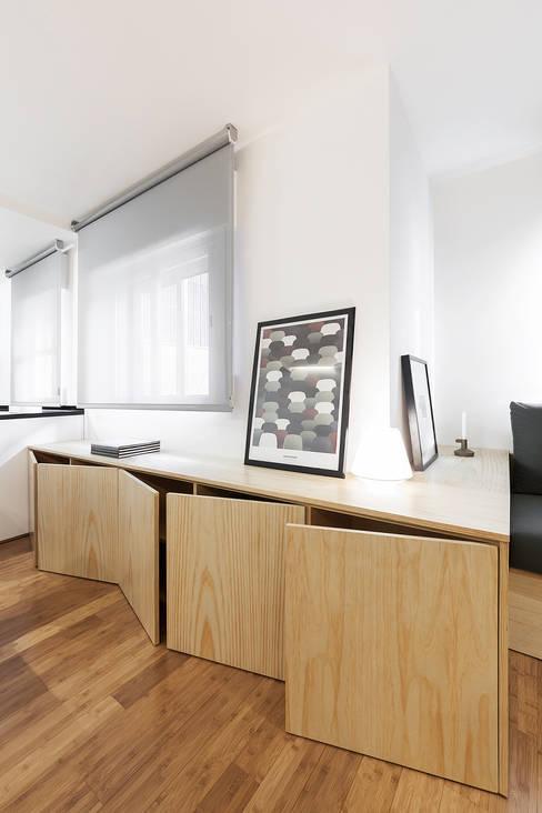 Ruang Keluarga by Nan Arquitectos