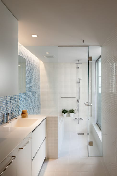 Bathroom by アトリエ スピノザ