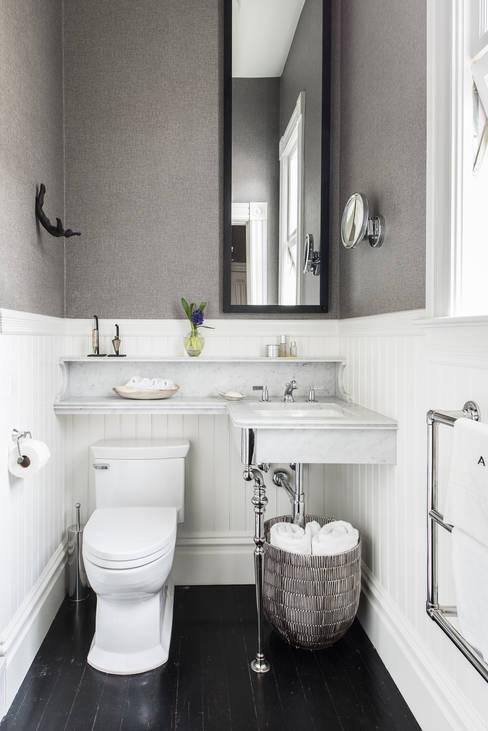 Bathroom by Antonio Martins Interior Design Inc