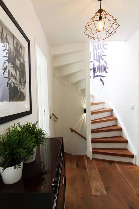 Corredores e halls de entrada  por Diego Alonso designs