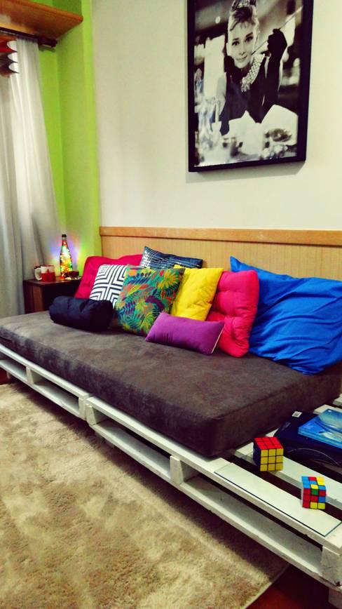 Living room by Camila Feriato