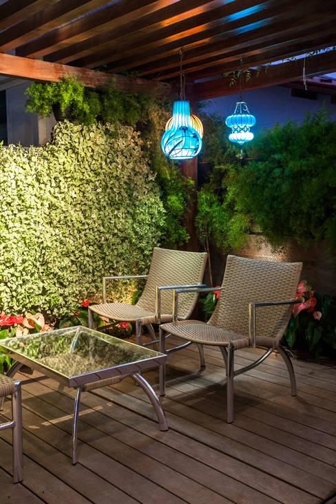 Terrace by Heloisa Titan Arquitetura