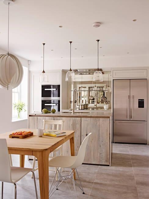 Holloways of Ludlow Bespoke Kitchens & Cabinetry의  주방