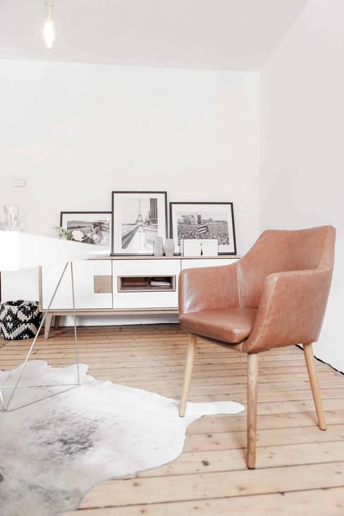 Dining Room Design – Iconic Retro Portraits Dining Room:  Arbeitszimmer von Designsetter