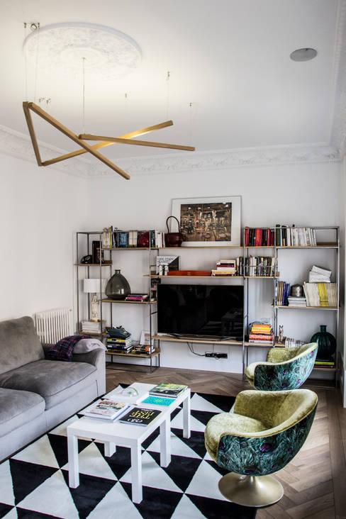 Viteri/Lapeña:  tarz Oturma Odası