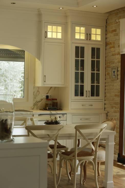 BAGO MİMARLIK  – Sasalı Evi:  tarz İç Dekorasyon