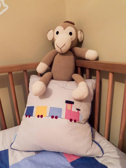 Dormitorios infantiles de estilo  por Estúdio Plano