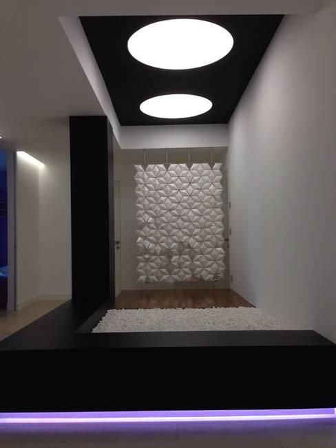Corridor, hallway by Archideo Studio di Architettura