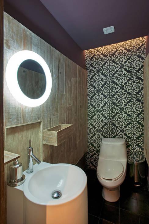 Projekty,  Łazienka zaprojektowane przez ARCO Arquitectura Contemporánea