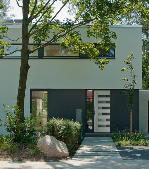 Ventanas de estilo  por Biffar GmbH & Co. KG