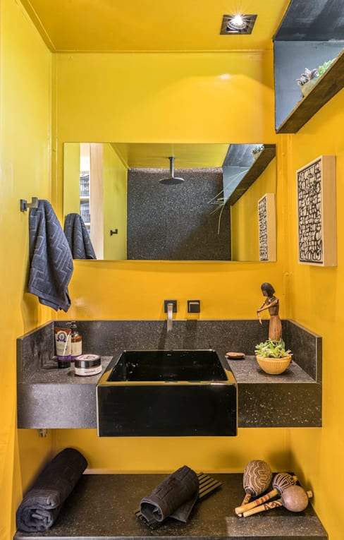 Bathroom by MEIUS ARQUITETURA