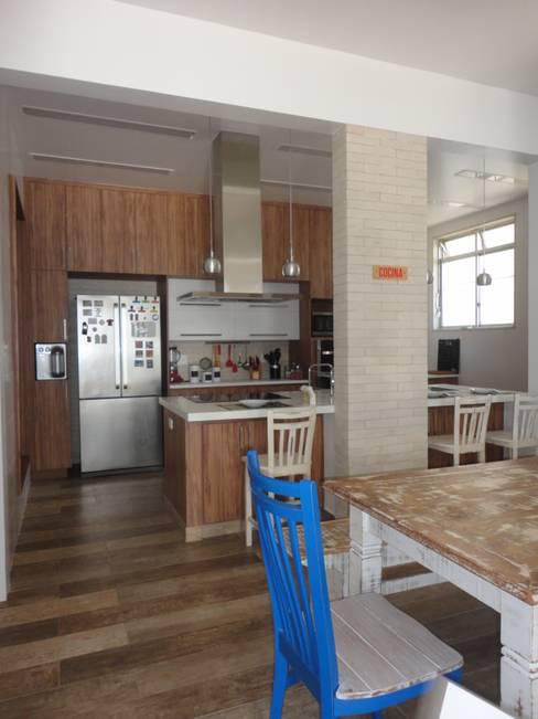 Кухни в . Автор – Maria Helena Torres Arquitetura e Design