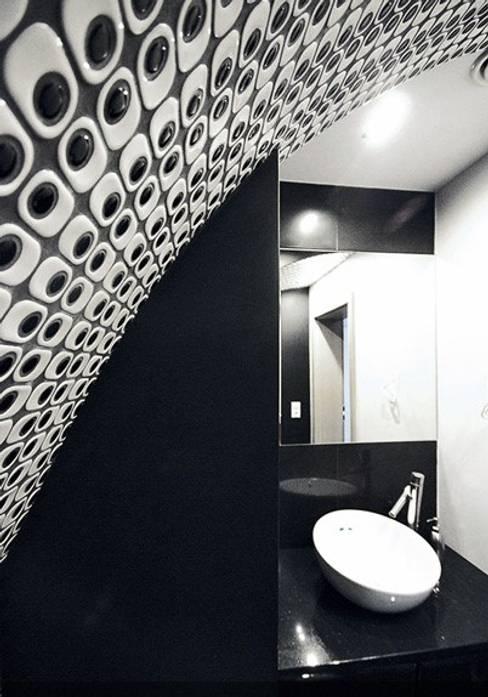 ห้องน้ำ by Biuro Projektów MTM Styl - domywstylu.pl