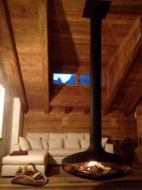 Living room by Zordan Caminetti