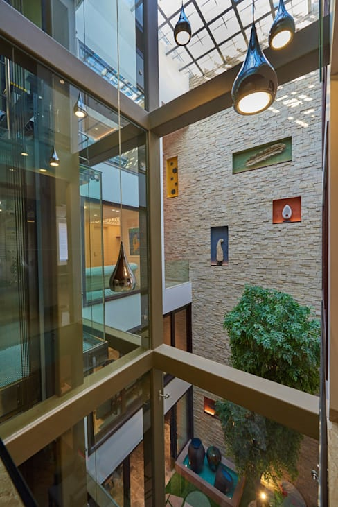 eSpaces Architects が手掛けた窓