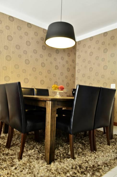 Salle à manger de style  par Lozí - Projeto e Obra