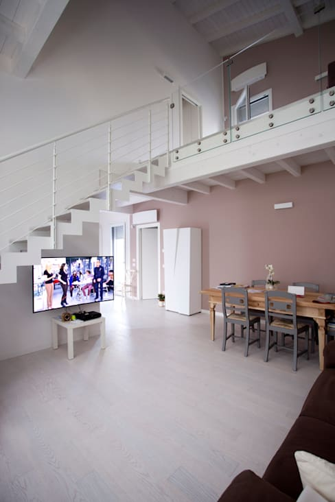 Living room by CasaAttiva