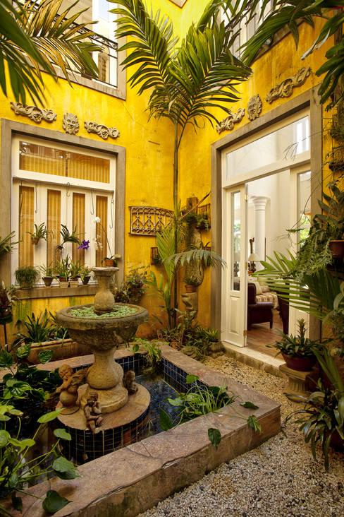 Jardines de invierno de estilo  por Marcelo Bicudo Arquitetura
