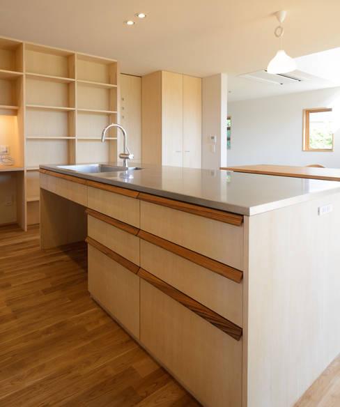 ห้องครัว by バウムスタイルアーキテクト一級建築士事務所