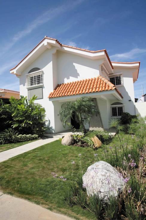 Houses by Objetos DAC