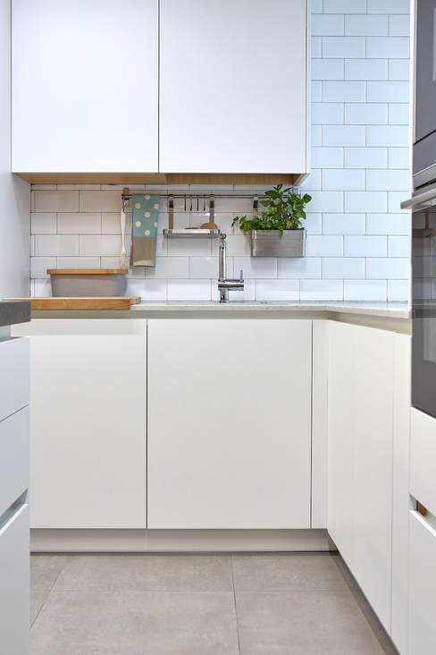 Kitchen by Dimensi-on