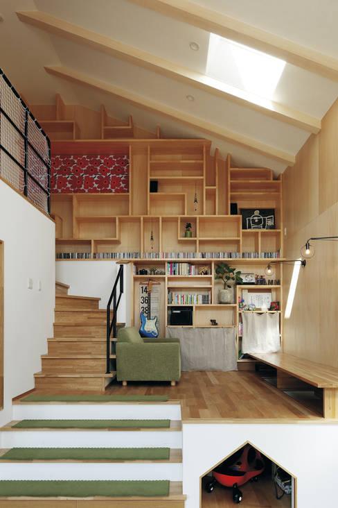 غرفة الميديا تنفيذ 株式会社アートハウス
