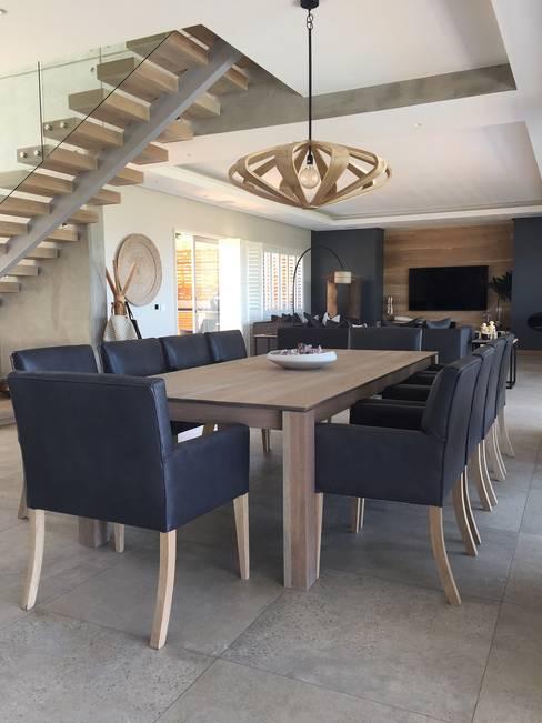 Simbithi Eco Estate:  Dining room by Margaret Berichon Design