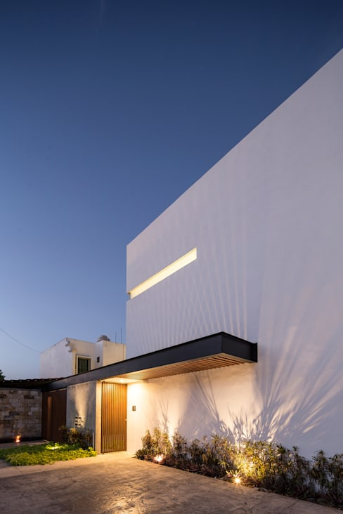 Houses by P11 ARQUITECTOS